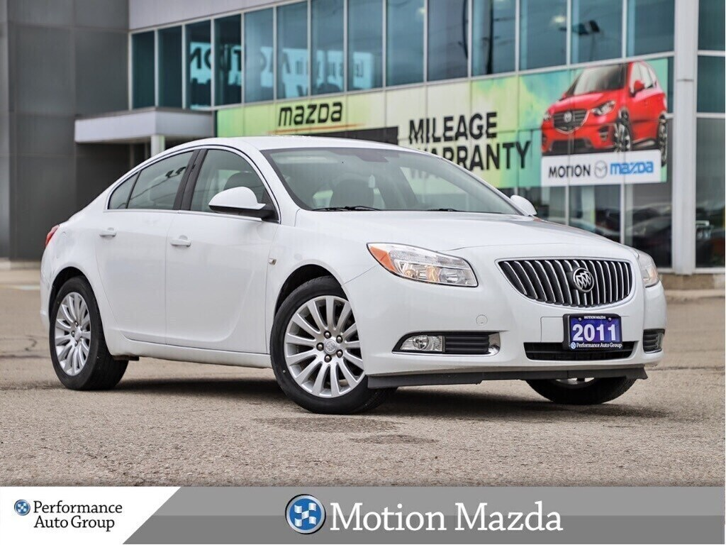 Pre-Owned 2011 Buick Regal CXL 1SC Leather Heated Seats Park Assist